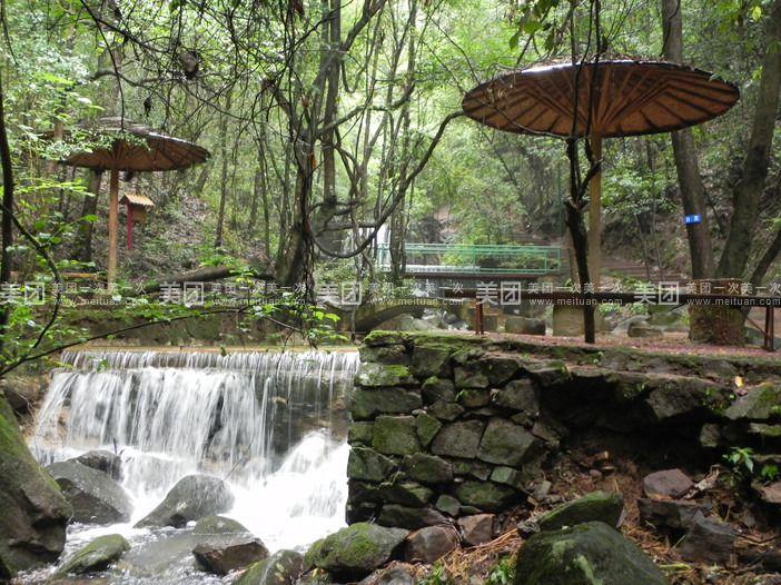 昆明青龙峡位于安宁市北部青龙镇,滇中生态大峡谷中,国内知名aaa旅游