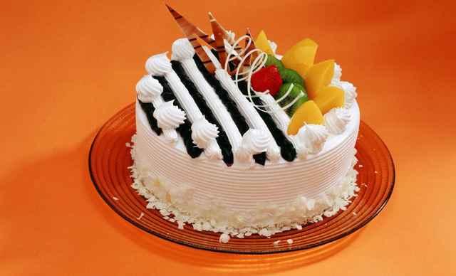 可爱的小免蛋糕图片