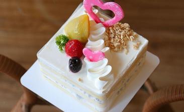 黑森林蛋糕-美团