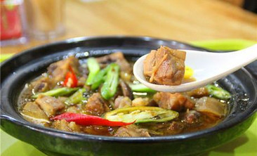 清真雅古布黄焖鸡砂锅米饭-美团