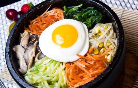 【马王堆】石锅拌饭仅售15.8元!价值19元的香菇滑鸡石锅拌饭1份,提供免费WiFi。