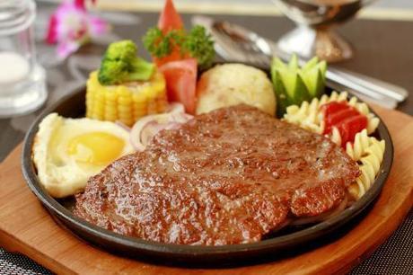 :长沙今日团购:【马王堆】红润阁茶餐厅仅售48元!最高价值171元的单人牛扒套餐,提供免费WiFi。