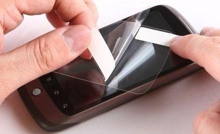 美莲广场专业手机贴膜一次+手机支架一个 仅售9.90元!价值26元的有膜有壳高清手机贴膜1次+手机支架1次。