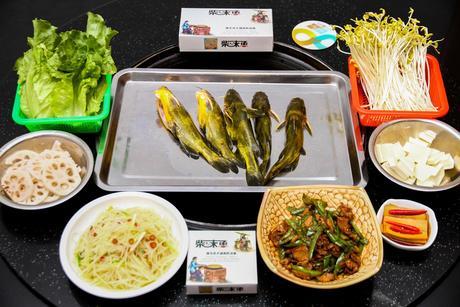 :长沙今日团购:【窑岭/长岭】柴味鱼餐馆仅售118元!最高价值178元的3-4人套餐,提供免费WiFi。