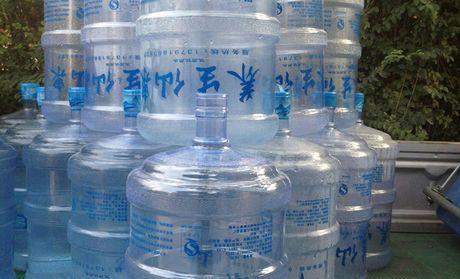 【潍坊养生仙泉桶装水矿泉水团购】养生仙泉桶装水