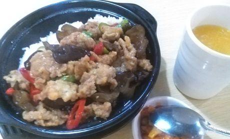 :长沙今日团购:【涉外经济学院】可餐可点仅售17.8元!价值25元的安徽滑肉饭套餐,建议单人用餐,提供免费WiFi
