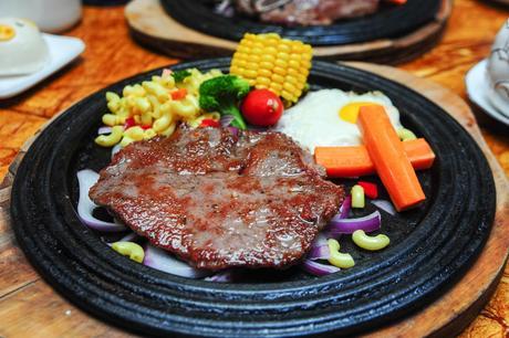 【喜盈门/喜乐地】香港邦特中西餐厅仅售49.9元!最高价值112元的单人餐,提供免费WiFi。