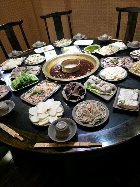 小茉家亲子餐厅(万达广场白云店)