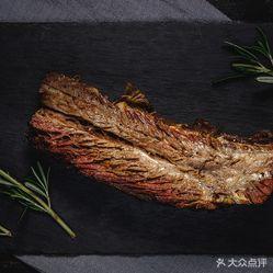 烤带骨牛小排