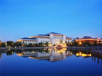 【崆峒区】平凉广成大酒店温泉水疗馆洗浴门票+游泳票成人票-美团
