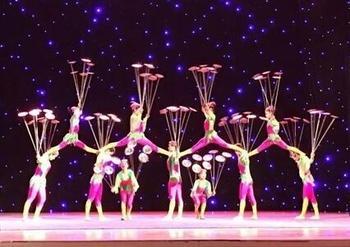 【亚龙湾】三亚环球城大剧院杂技秀门票(双人票)-美团