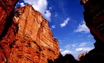 【张掖出发】平山湖大峡谷纯玩1日跟团游*天地之魂,海底之画-美团