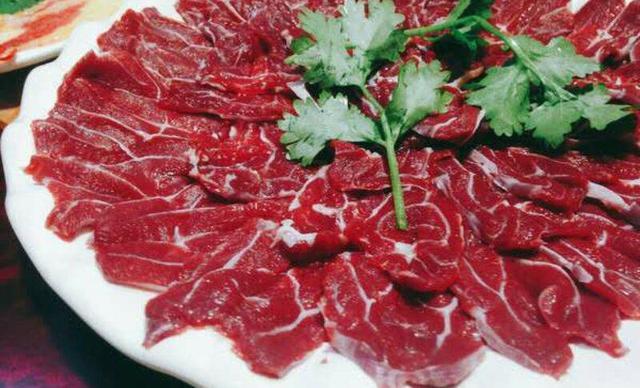 九牛一涮潮汕鲜牛肉火锅2人餐,仅售78元!最高价值148元的牛肉火锅双人套餐,提供免费WiFi。