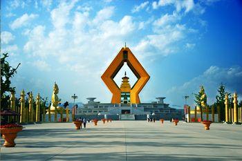 【西安出发】汉阳陵博物馆、乾陵、法门寺佛文化景区纯玩1日跟团游*美团专享 汉唐文化-美团