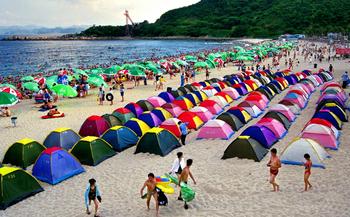 【石老人海水浴场商圈】爱疯狂海边俱乐部1小时1-2人帐篷租赁票-美团