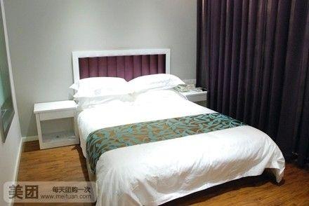 速8酒店装修时尚温馨、客房清洁舒适.房间内完备的设施,将给宾客