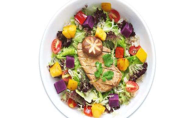 :长沙今日钱柜娱乐官网:【究极裸食】巴西烤菠萝鸡肉沙拉1份,提供免费WiFi