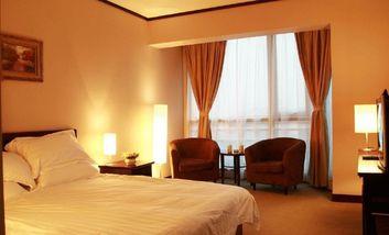 【酒店】铂郡酒店公寓-美团
