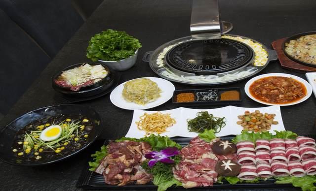 【新东】首府韩国料理烤肉4人餐,包间免费,提供免费WiFi