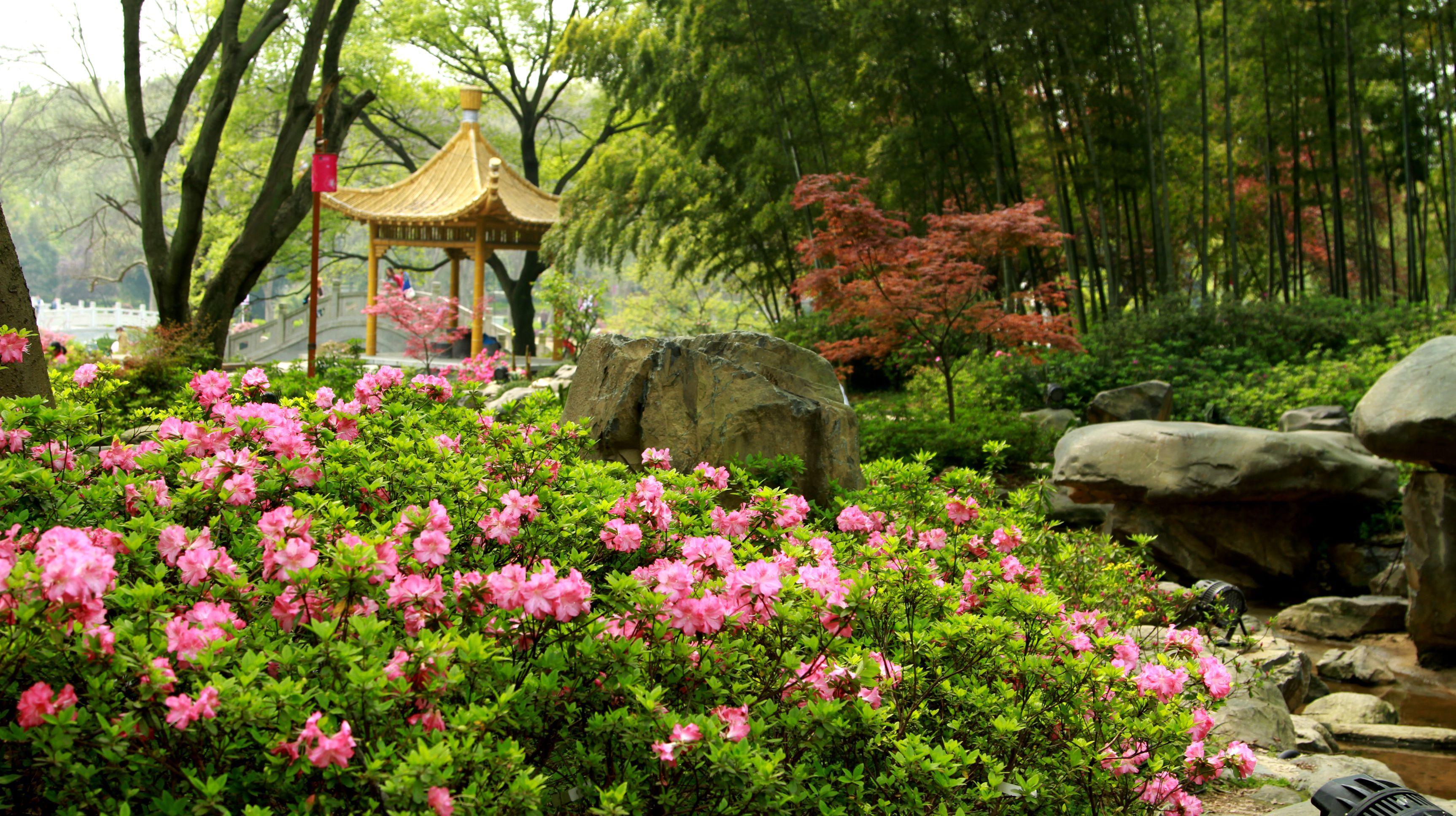 旅游出行 景点/公园 游乐园 东湖磨山风景区  5 027-87771302电话 027