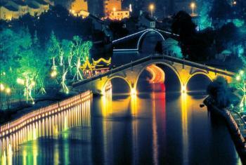 【盘门】苏州古运河夜场船票(成人票)-美团