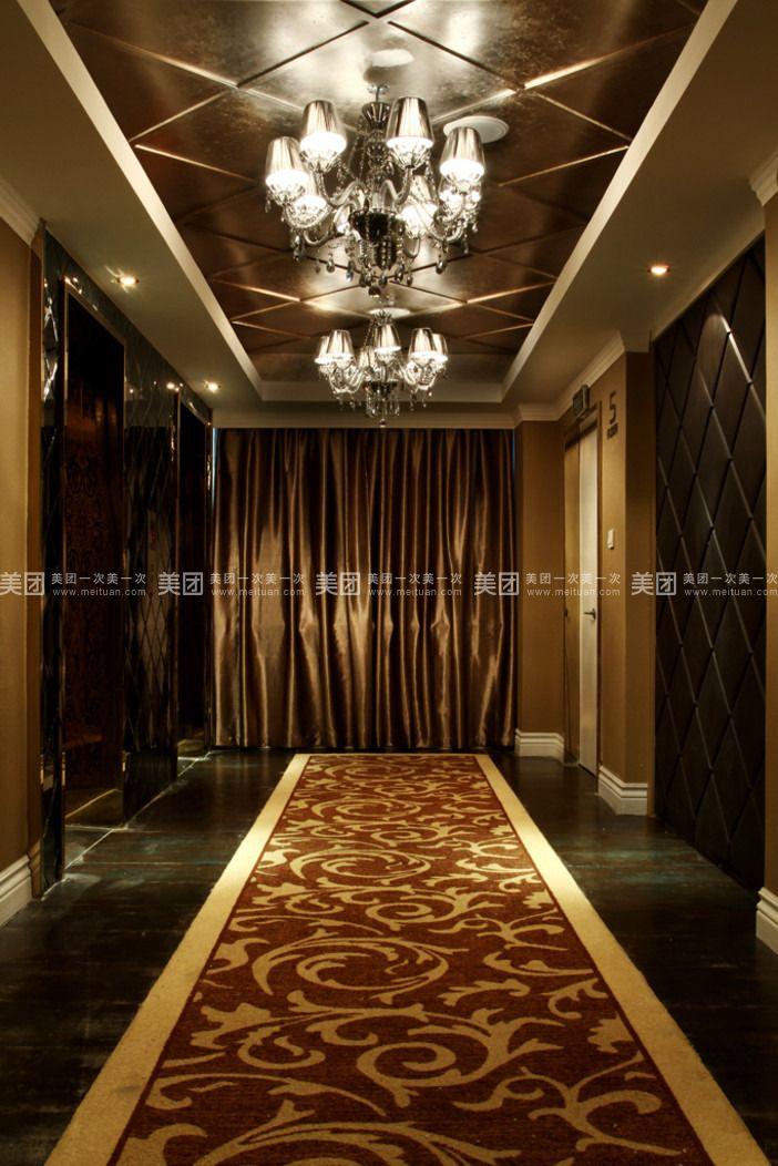 欧式电梯厅