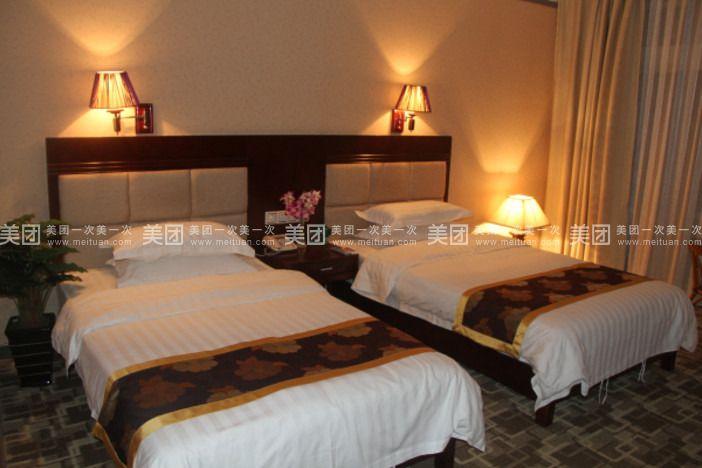 泰茏居度假酒店-豪华双标房
