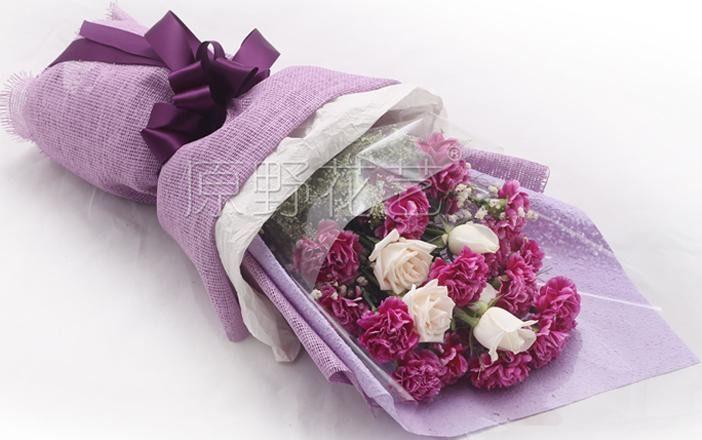 康乃馨韩式花束团购