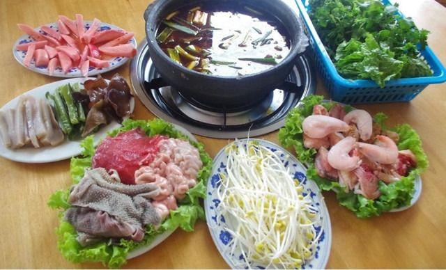 正宗幺铺318号毛肚火锅6-7人餐,仅售178元!