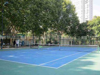 洛阳理工学院西区网球场