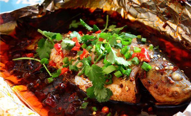 锡纸烤鱼 锡纸烤茄子 炭火锡纸烤鱼的做法 锡纸烤鲫鱼的做法