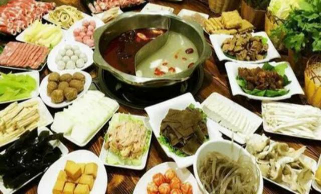 :长沙今日团购:【新食代牛排火锅】川味火锅59元1-2人餐,提供免费WiFi