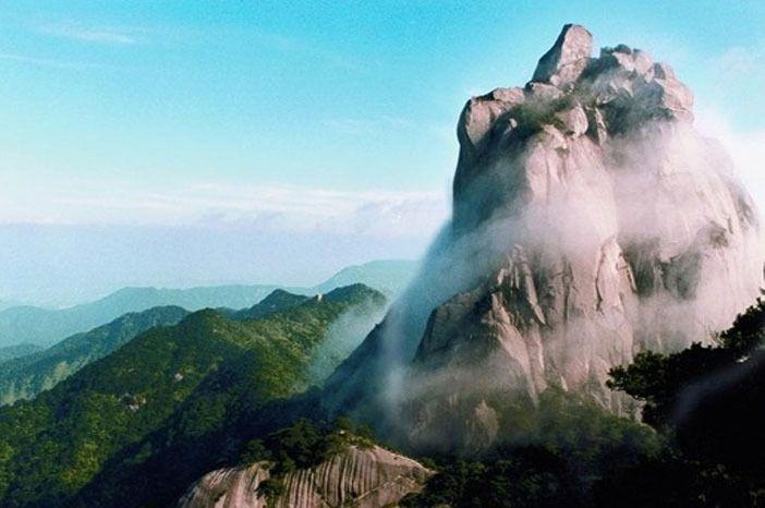 宿   岳西 第2天 岳西-合肥    早餐后乘车赴岳西县明堂山风景区