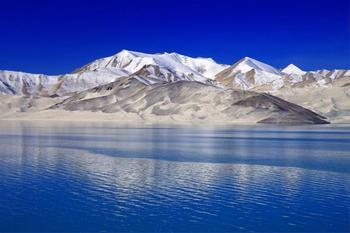 【喀什地区出发】卡拉库里湖、达瓦昆沙漠旅游风景区、喀什噶尔老城等3日跟团游*喀什深度游-美团