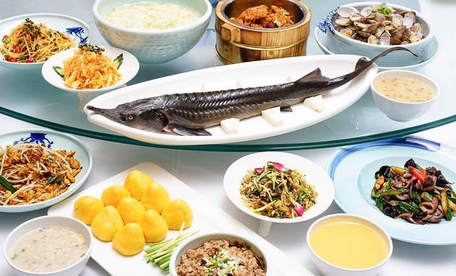 钟鼎楼食府渔歌舫4-5人餐,仅售198元!最高价值409元的4-5人零点厅,提供免费WiFi。
