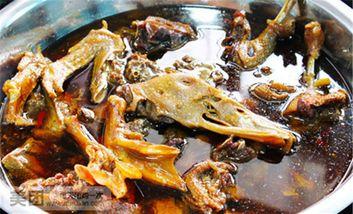 【霸州等】灶台木火炖活鱼炖大鹅-美团