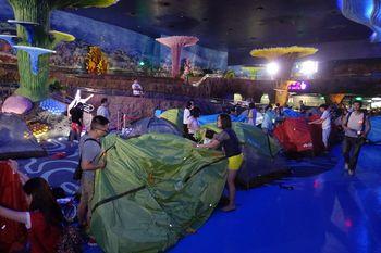 【横琴新区】海洋王国2日+夜宿鲸鲨馆海景区平日双人套票-美团