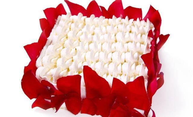 MAY TREE·五月树德式烘焙蛋糕,仅售238元!价值298元的蛋糕7选1,约8寸,方形。