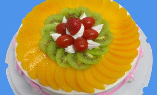 12寸水果蛋糕1个,甜蜜齐分享