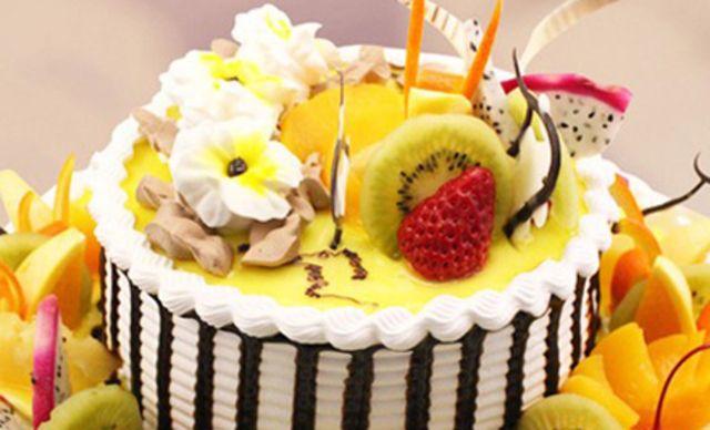 低糖双层蛋糕1个,戈雪儿西点坊最新推出低糖健康食品