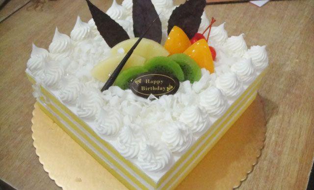 水果蛋糕1个,欢乐时光,尽享美味
