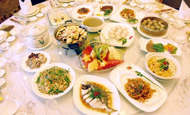 8人套餐。令人垂涎欲滴的海鲜