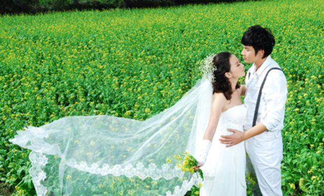 婚纱摄影套系,留住你们甜蜜的瞬间
