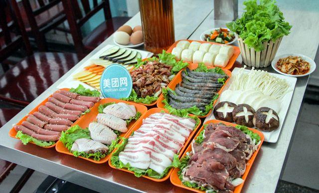 4人套餐,有赠送可享,精致美味欢乐分享