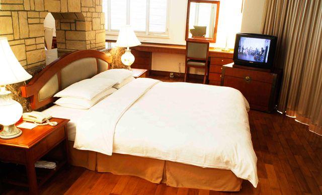 住宿1晚,含酒店私家沙滩+免费爬山+免费游泳+免费使用篮球场