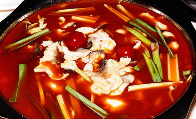 黑鱼火锅4人餐,提供免费WiFi