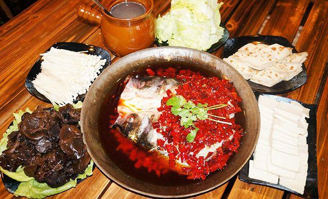 生态碳烤霸王鱼头2-3人餐,提供免费WiFi