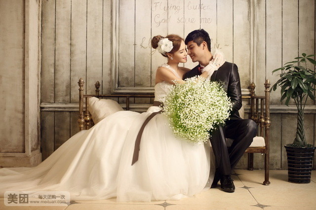 【皇家施华洛】印象婚纱摄影套餐,赠送全部原