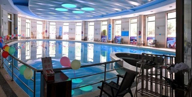 恒温游泳1次,提供免费WiFi,提供免费停车位