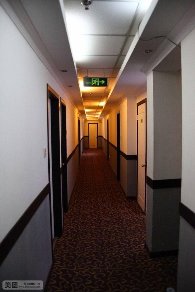 全红酒店-美团